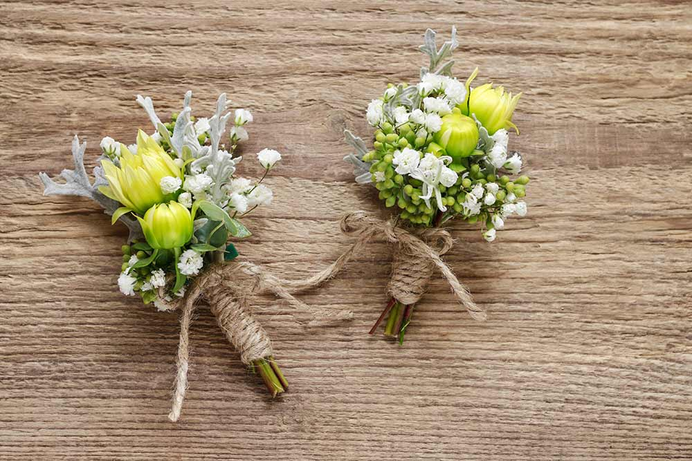buttonholes-on-wood